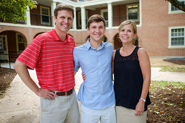 Freshman with his parents on Move-In Day