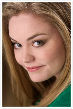 Kate Lambert ('03)