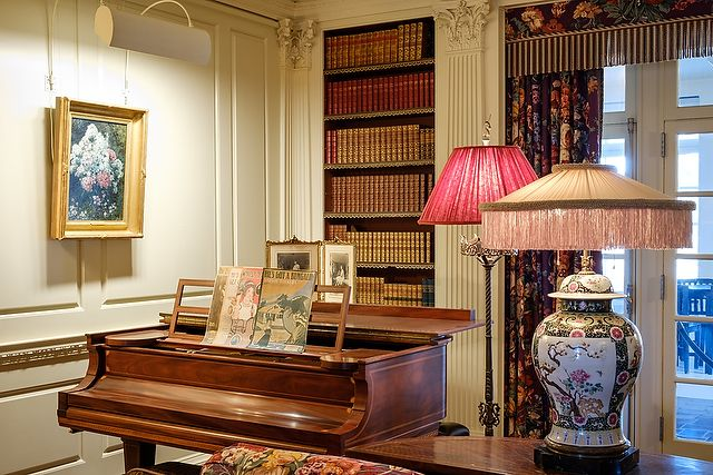 Reynolda House Library