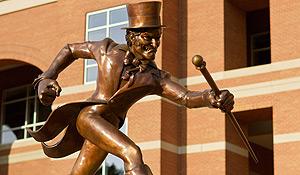 Deacon statue